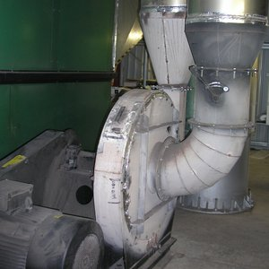 Combustion fan noise attenuation